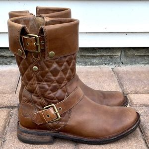 UGG Conor Fawn boots